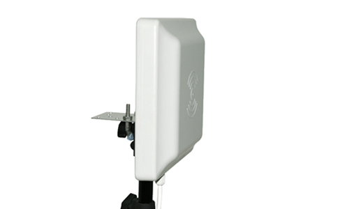 RFID超高频UHF车辆管理远距离读卡器UR5206